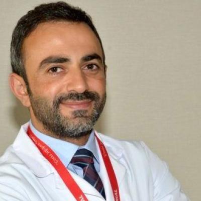 д-р Салим Шентюрк