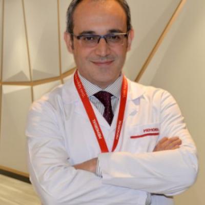 д-р Онур Яман